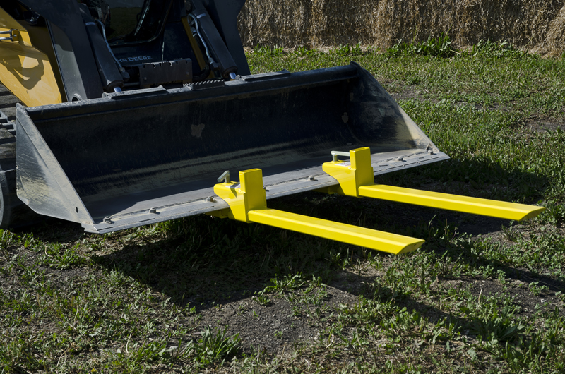 Clamp On Bucket Forks Transform Bucket Loader To A Fork Lift